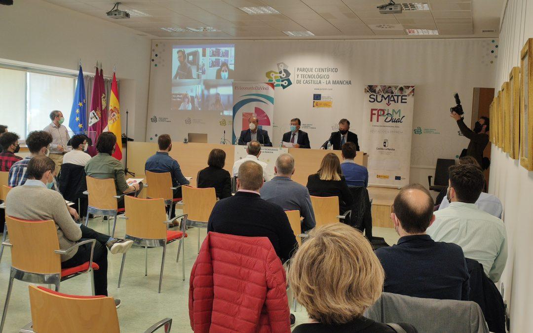 21 alumnos del IES «Leonardo Da Vinci de Albacete» se forman en FP Dual DUALTEC